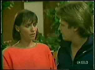 Maria Ramsay, Shane Ramsay in Neighbours Episode 0025