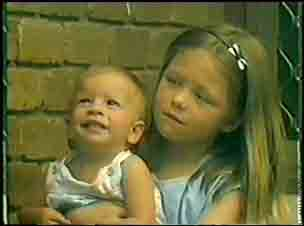 Tommy Brown, Josie Brown in Neighbours Episode 0025