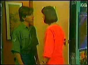 Danny Ramsay, Maria Ramsay in Neighbours Episode 0026