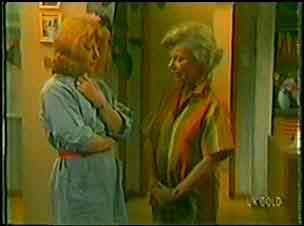Carol Brown, Helen Daniels in Neighbours Episode 0026