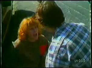 Carol Brown, Danny Ramsay in Neighbours Episode 0026