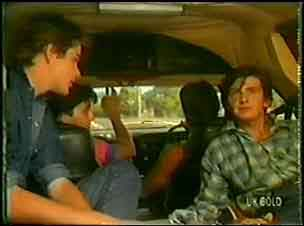 Scott Robinson, Mick, Geoff, Danny Ramsay in Neighbours Episode 0030