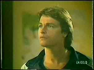 Shane Ramsay in Neighbours Episode 0033