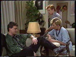 Des Clarke, Clive Gibbons, Eileen Clarke in Neighbours Episode 0426