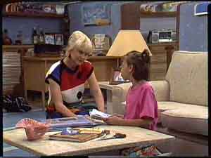 Rosemary Daniels, Lucy Robinson in Neighbours Episode 0427