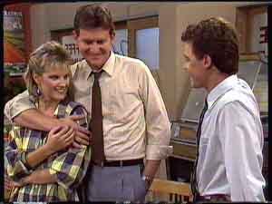 Des Clarke, Daphne Clarke, Paul Robinson in Neighbours Episode 0427