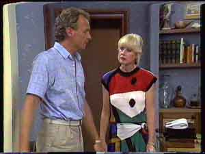 Jim Robinson, Rosemary Daniels in Neighbours Episode 0428