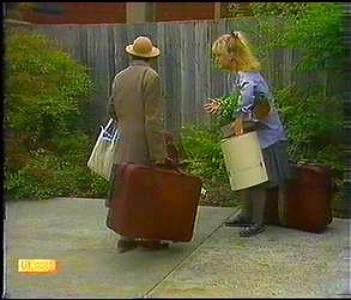 Edith Chubb, Sharon Davies in Neighbours Episode 0856