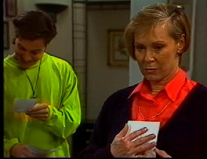 Rick Alessi, Cathy Alessi in Neighbours Episode 1751