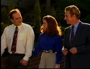 Philip Martin, Julie Robinson, Raymond Chambers in Neighbours Episode 1751