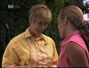 Lauren Turner, Cathy Alessi in Neighbours Episode 1896