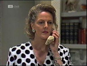Fiona Hartman in Neighbours Episode 1896
