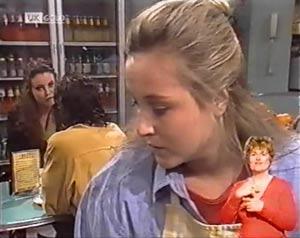 Gaby Willis, Wayne Duncan, Lauren Carpenter in Neighbours Episode 2019