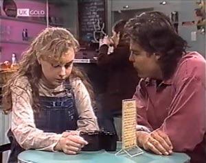 Debbie Martin, Wayne Duncan in Neighbours Episode 2020