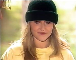 Lauren Turner in Neighbours Episode 2020