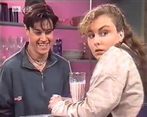 Rick Alessi, Debbie Martin in Neighbours Episode 2020
