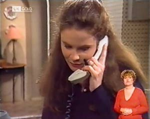 Julie Robinson in Neighbours Episode 2021