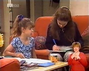 Julie Martin, Hannah Martin in Neighbours Episode 2021
