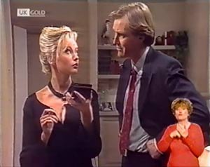 Annalise Hartman, Jeffrey Hockney in Neighbours Episode 2022