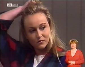 Lauren Turner in Neighbours Episode 2022