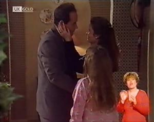 Philip Martin, Hannah Martin, Julie Robinson in Neighbours Episode 2022