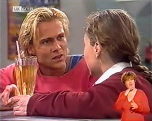 Brad Willis, Debbie Martin in Neighbours Episode 2023