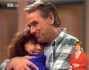 Pam Willis, Doug Willis in Neighbours Episode 2024