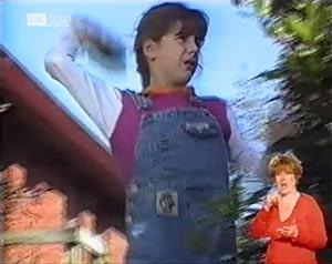Hannah Martin in Neighbours Episode 2025