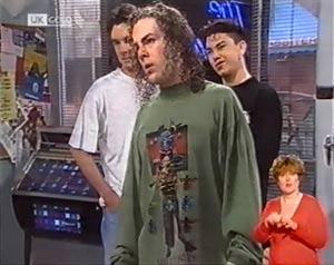 Lenny Hooper, Craig Slater, Gary Briggs in Neighbours Episode 2025