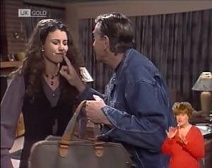 Doug Willis, Gaby Willis in Neighbours Episode 2027