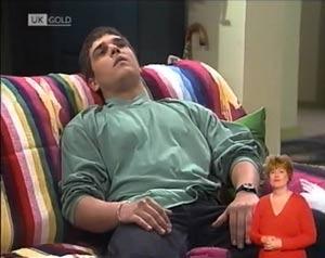Mark Gottlieb in Neighbours Episode 2027