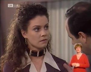 Gaby Willis, Philip Martin in Neighbours Episode 2027