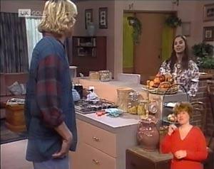 Brad Willis, Beth Brennan in Neighbours Episode 2029
