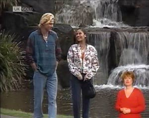 Brad Willis, Beth Brennan in Neighbours Episode 2029