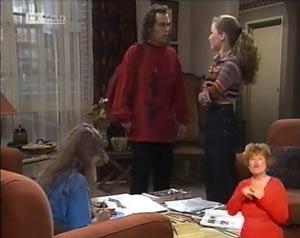 Hannah Martin, Craig Slater, Debbie Martin in Neighbours Episode 2029