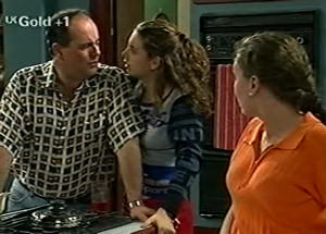 Philip Martin, Hannah Martin, Debbie Martin in Neighbours Episode 2919