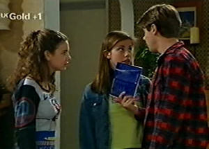 Lance Wilkinson, Anne Wilkinson, Hannah Martin in Neighbours Episode 2919