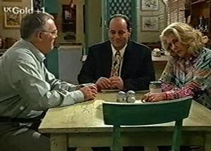 Harold Bishop, Madge Bishop, Philip Martin in Neighbours Episode 2920