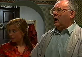 Harold Bishop, Anne Wilkinson in Neighbours Episode 2921
