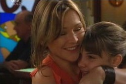 Steph Scully, Summer Hoyland in Neighbours Episode 4583