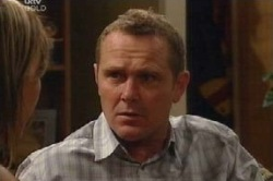 Max Hoyland in Neighbours Episode 4584