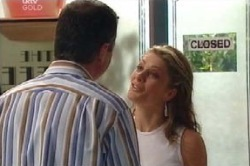 Karl Kennedy, Izzy Hoyland in Neighbours Episode 4584