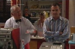 Harold Bishop, Karl Kennedy in Neighbours Episode 4584