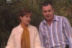 Susan Kennedy, Karl Kennedy in Neighbours Episode 4585