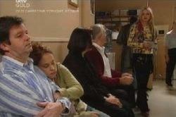David Bishop, Serena Bishop, Svetlanka Ristic, Harold Bishop, Sky Mangel in Neighbours Episode 4587