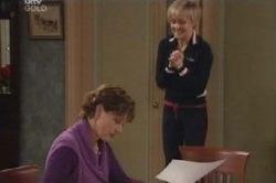Susan Kennedy, Sindi Watts in Neighbours Episode 4588