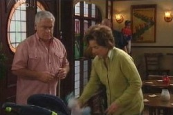 Lou Carpenter, Lyn Scully in Neighbours Episode 4588