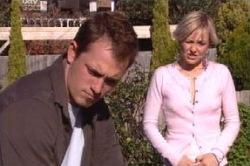 Stuart Parker, Sindi Watts in Neighbours Episode 4589