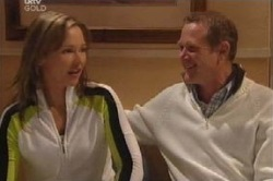 Steph Scully, Max Hoyland in Neighbours Episode 4589