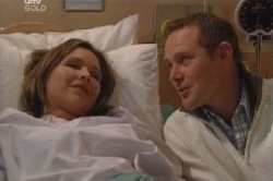 Max Hoyland, Steph Scully in Neighbours Episode 4589